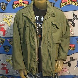 Vintage 60's Vietnam Era Military Green M65 Jacket